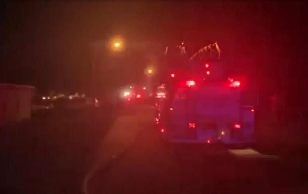 В США самолет упал на дом: есть жертвы