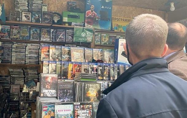 В Киеве на базаре продавали данные о 32 млн украинцев