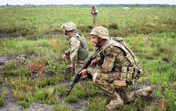 На Донбассе военный ВСУ получил осколочное ранение
