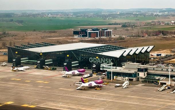В польском аэропорту украинка заявила о бомбе в багаже
