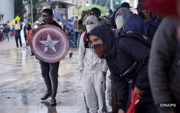 В Колумбии в ходе протестов убили 23 человека