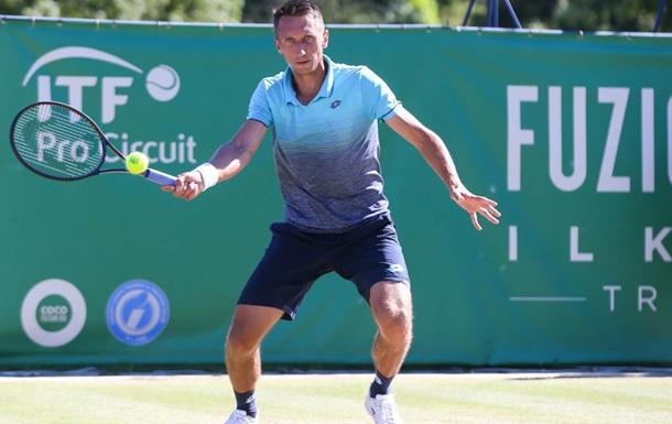 Стаховский вылетел из турнира в Праге, проиграв во втором круге