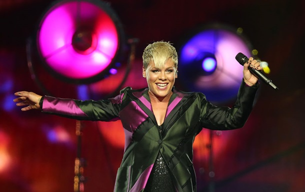Pink получила звание `Икона` Billboard Music Awards