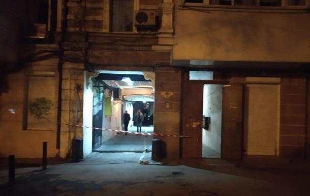 В Одесі до газової труби житлового будинку прикріпили гранату
