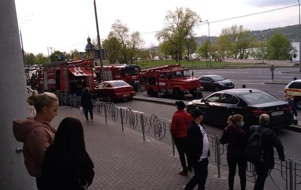В одном из киевских ТЦ горел паркинг