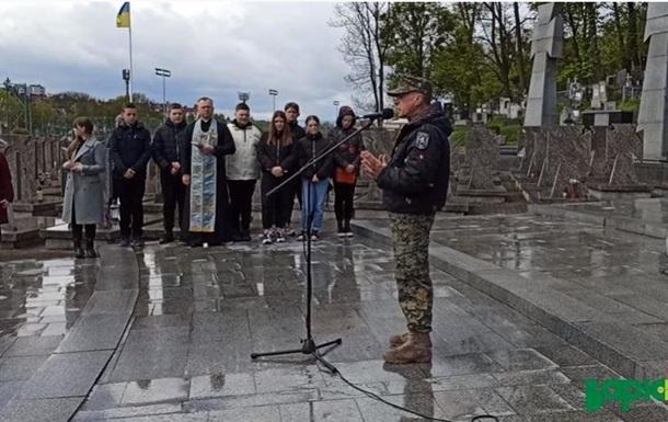 Львовские националисты грозят маршем в Москве
