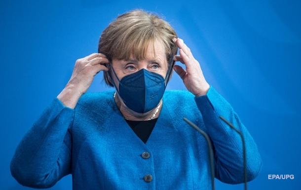 Третью волну COVID-19 в ФРГ остановили - Меркель