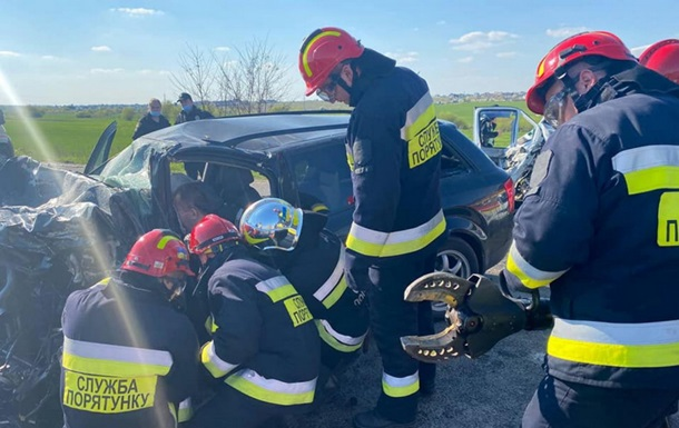 В ДТП на трассе Киев-Чоп погибли два человека