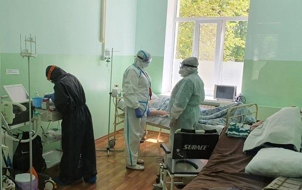 В Украине в два раза упал прирост COVID-19