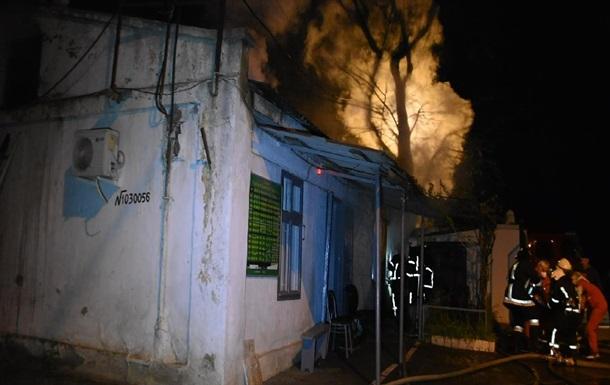 В Одесі під час пожежі на кладовищі загинула жінка
