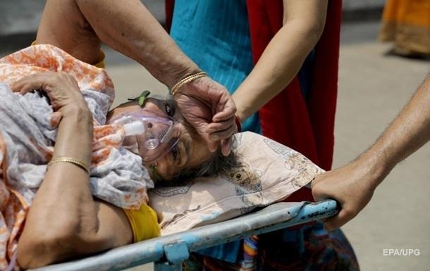 Врач пояснила причины постковидной эпидемии `черной плесени` в Индии
