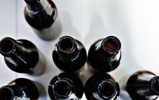 В Днепре девочка-подросток отравилась алкоголем