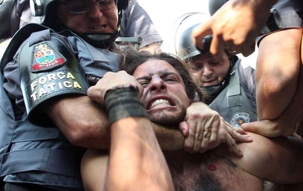 Воевавшего за `ДНР` бразильца Лусварги арестовали за наркотики