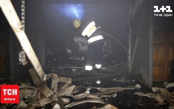 Житель Днепра пытался потушить горящее авто и погиб