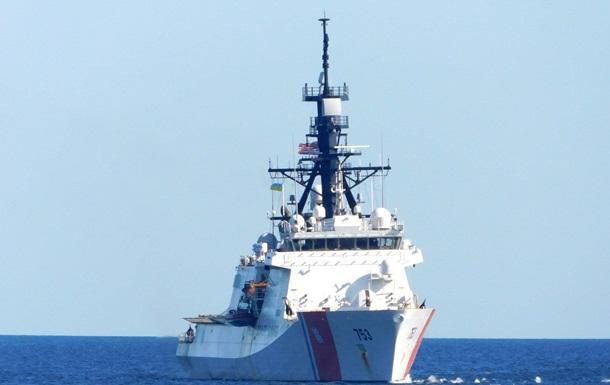 ВМС провели учения с Береговой охраной США