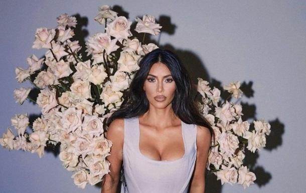Ким Кардашьян ошеломила сменой имиджа для съемки