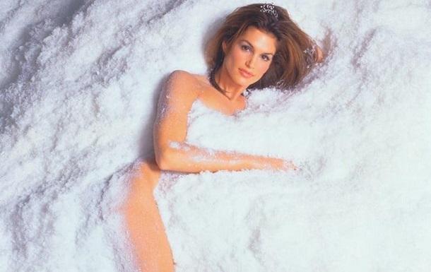 Синди Кроуфорд предстала на обложке модного глянца