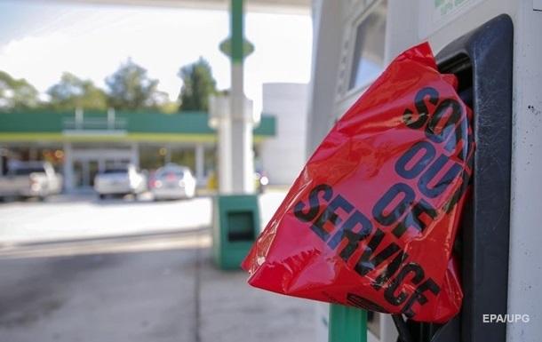 Американские штаты вводят режим ЧП из-за остановки бензопровода