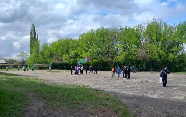 У Луганській області в різанині постраждав школяр