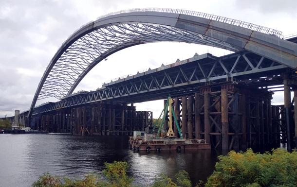 Подрядчика Подольского моста в Киеве поймали на неуплате налогов - ГФС