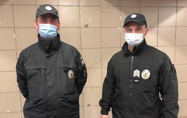 Опубликовано видео родов в метро Киева