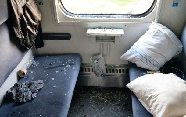 Будто Халк с дементорами: пассажир устроил погром в купе