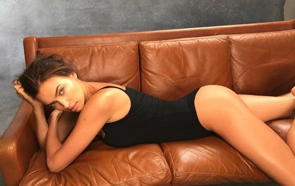 Ирина Шейк показала пикантные любительские снимки