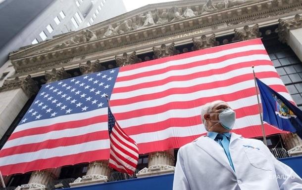 В США заявили о рекордном падении смертности от коронавируса