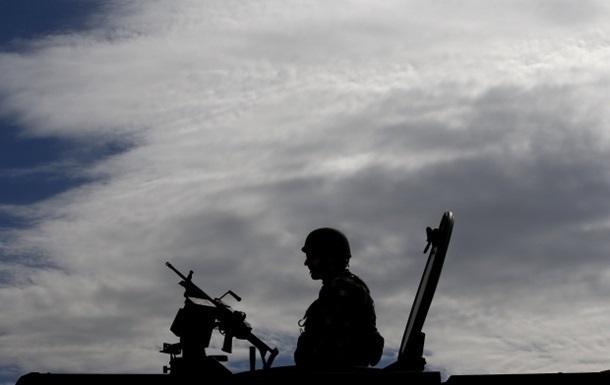 На Донбассе снайпер убил военного