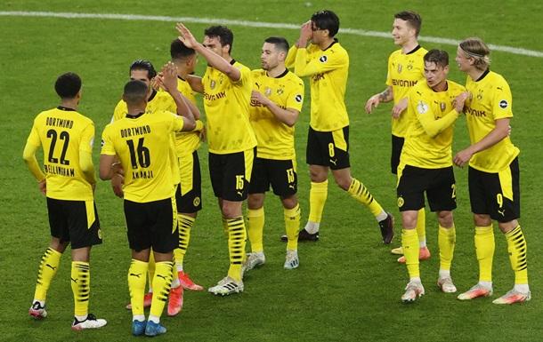 Боруссия Д завоевала Кубок Германии, разгромив Лейпциг