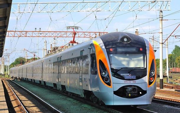 УЗ восстанавливает первые международные железнодорожные маршруты