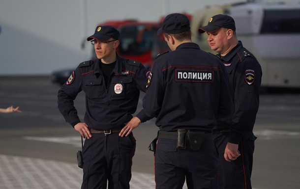Называл себя `богом`: в российском Челябинске мужчину сдали полиции