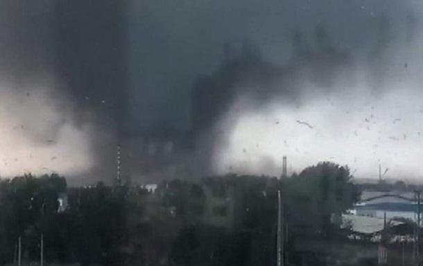 Число жертв торнадо в Китае увеличилось вдвое - СМИ