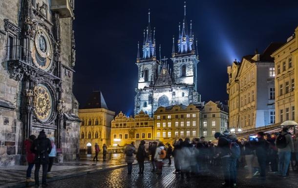 Чехия ослабляет ряд карантинных ограничений