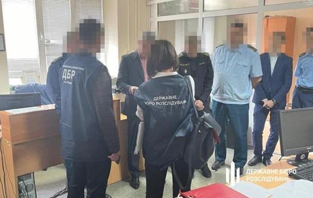 Таможенников поймали на схемах с растаможкой авто из Грузии