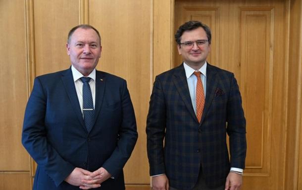 Украина и Молдова готовы взаимно признать сертификаты COVID-вакцинации