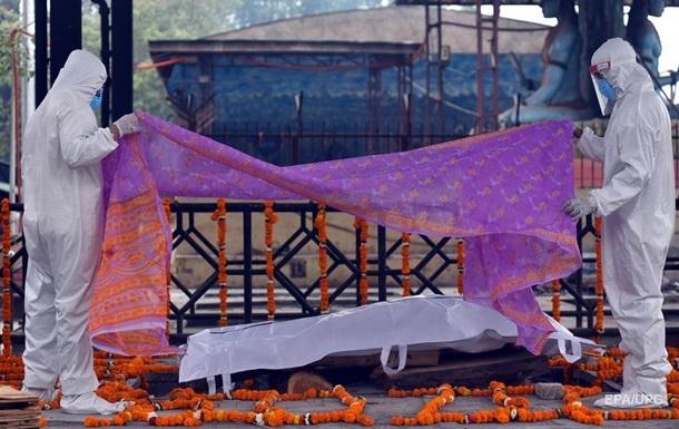 Индия установила новый рекорд по смертности от COVID-19 за сутки