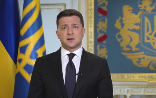 Крым будет свободным: Зеленский записал видеообращение