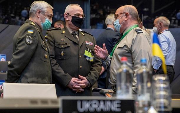 Главы Генштабов США и Украины обсудили вопросы безопасности