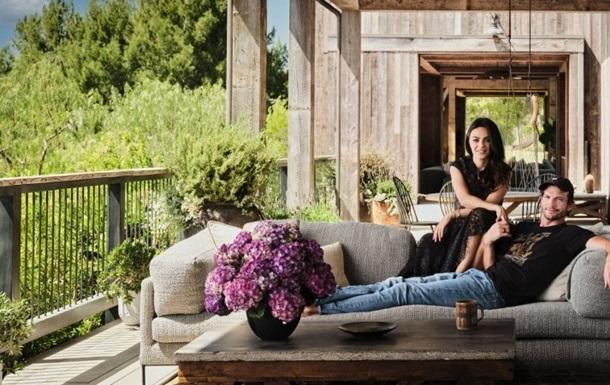 Эштон Кутчер и Мила Кунис показали свое домовладение