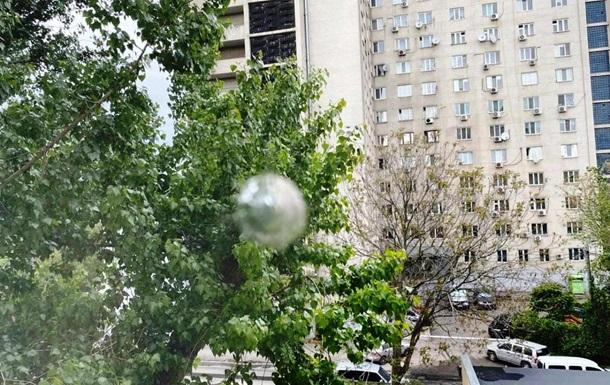 В Одессе неизвестный выстрелил в окно кабинета главы райсуда