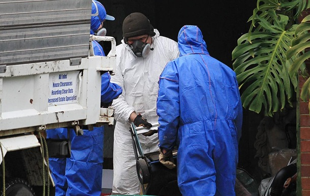 Австралієць 15 років жив з трупом грабіжника в спальні
