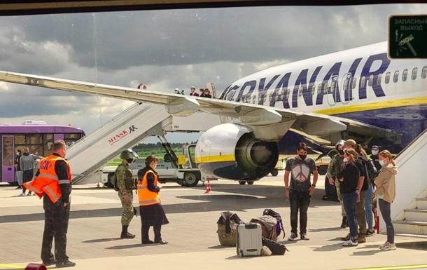 ЄС обговорить вимушену посадку літака в Мінську