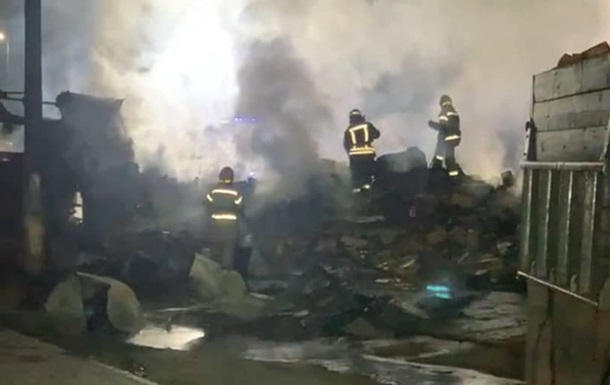 В Киеве произошло масштабное ДТП со взрывом