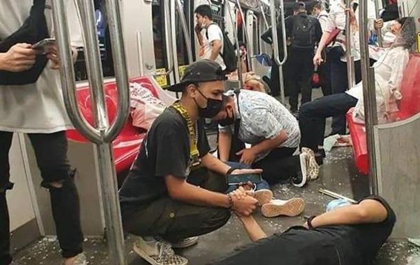 В Малайзии столкнулись поезда метро: пострадали более 200 человек
