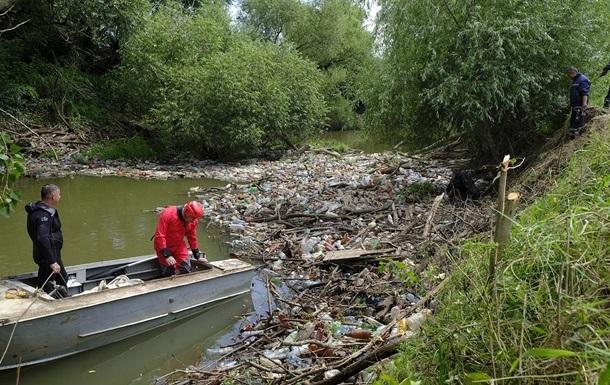В бассейне Тисы с начала года нашли 42 стихийные свалки
