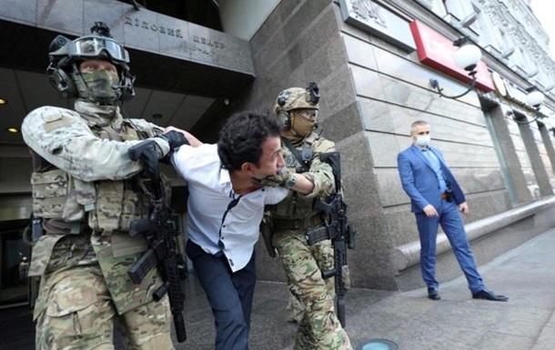 Загарбника банку в Києві відправили на примусове лікування