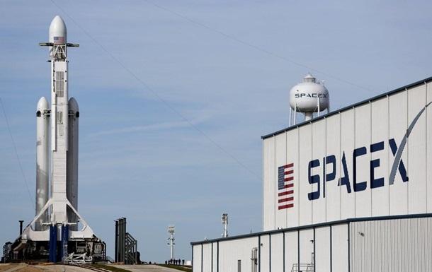 SpaceX сто разів поспіль успішно запустила Falcon 9