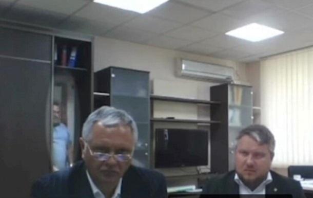 На совещании с  главой  Крыма заметили мужчину в шкафу