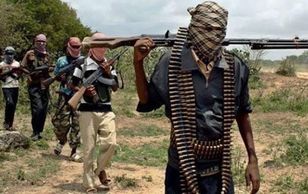 У Нігерії бойовики атакували школу-інтернат і викрали дітей